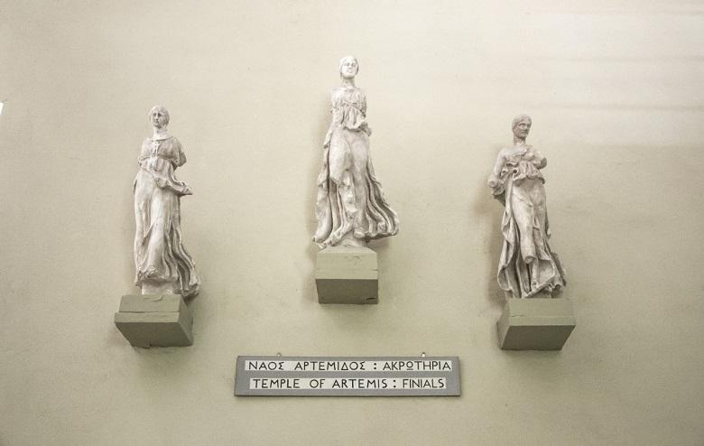 epidaurus_three_idols
